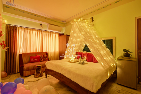 Private-Experience-stay-in-teepee-cabana-suite