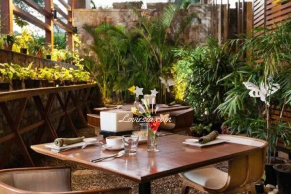 Garden Candlellight dinner ar fio in Delhi