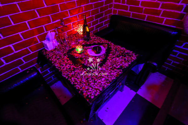 Romantic Candlelight Dinner Ahmedabad Loviesta