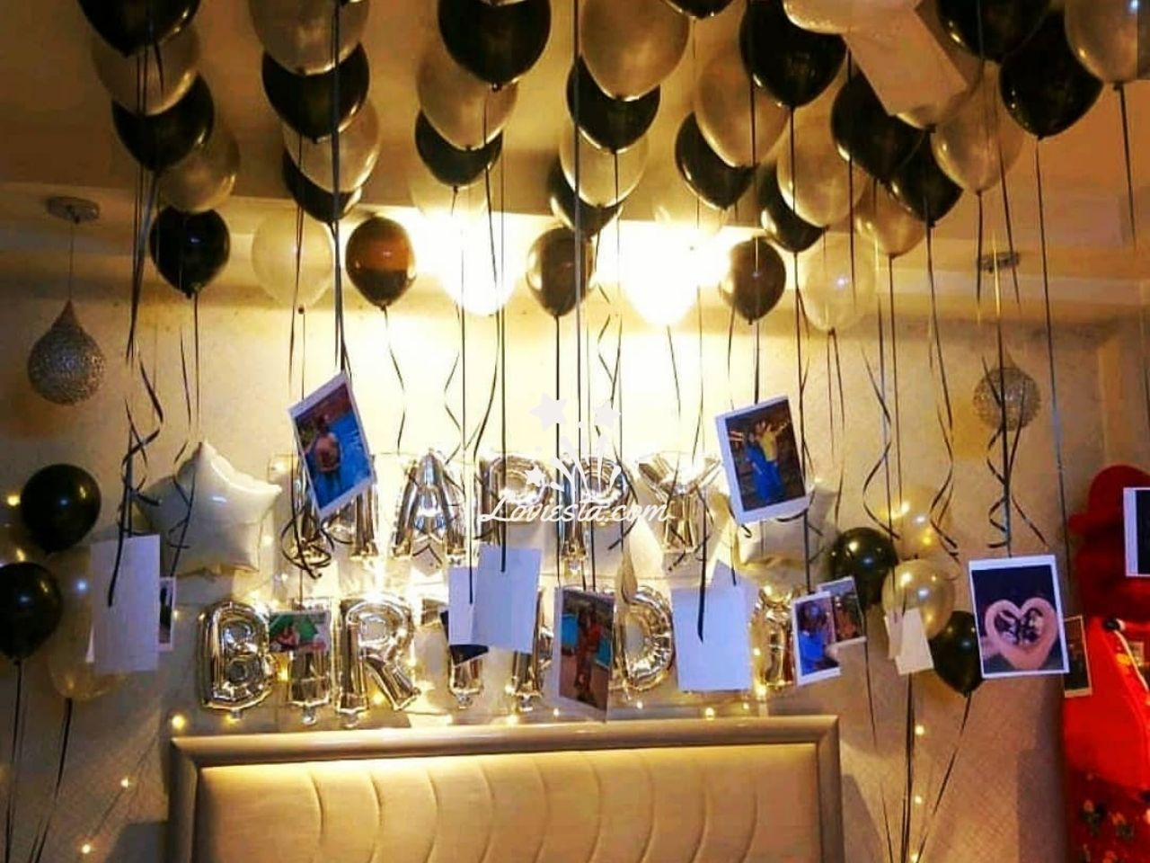 Lite Balloon Decoration At Home